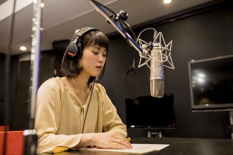 ラジオパーソナリティーの仕事内容、なるには、給料、資格など | 600 ...